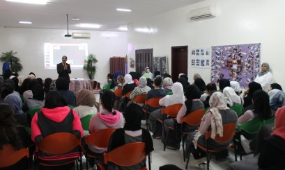 "AAU –Abu Dhabi Campus- organized a workshop about the ""Reading and Writing Skills"""