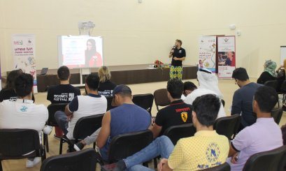 A training course for participating students of AAU in Abu Dhabi Science Festival